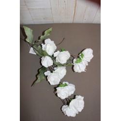 Kunstblume, weiß, viele Blüten